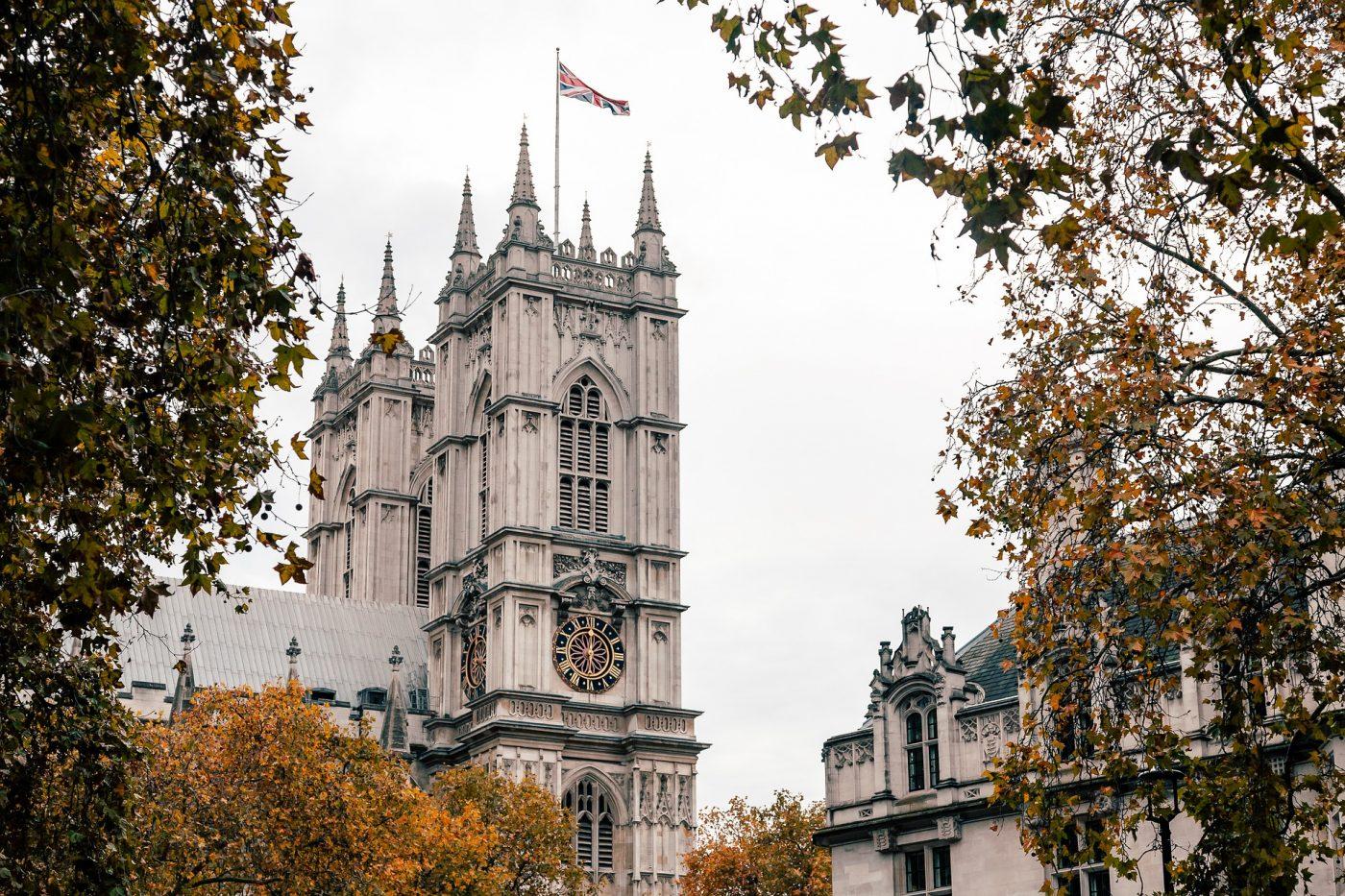 England quarantine US EU