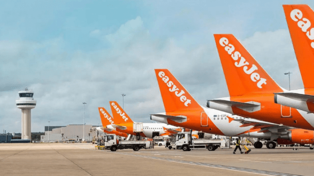 EasyJet raises £1.15bn to aid recovery