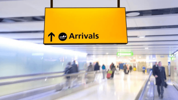Heathrow promises to hire more staff, but says airlines need to pay more